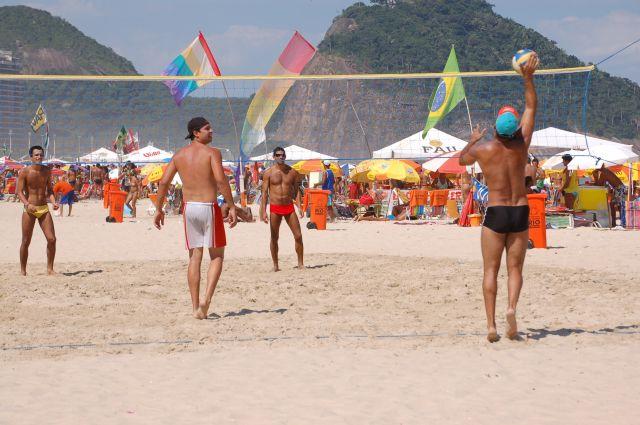 Zdj�cia: Rio de Janeiro, Siatk�wka na pla�y- Copacabana, BRAZYLIA