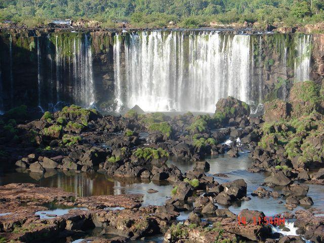 Zdjęcia: Foz de Iguazu, Foz de Iguazu, spokojna część Iguazu, BRAZYLIA
