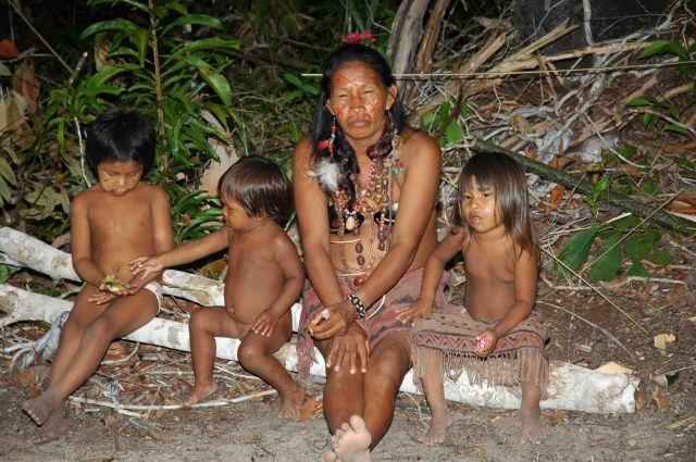 Zdjęcia: okolice Manaus, amazonia, rodzina z dzungli, BRAZYLIA