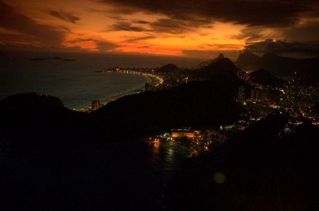 Zdjęcia: Rio de Janeiro, Zachód Słonca nad Copacabana, BRAZYLIA