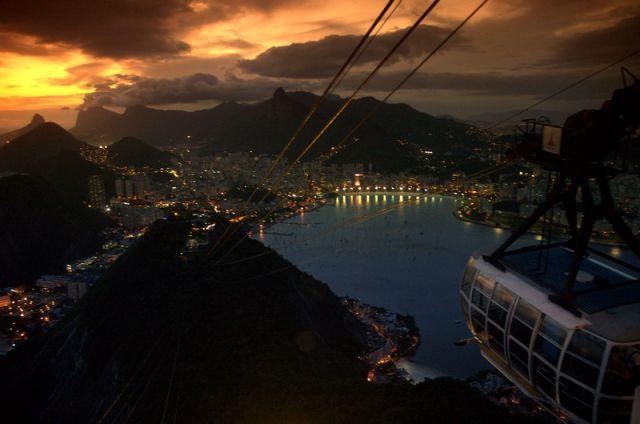 """Zdj�cia: Rio de Janeiro, Zahc�d s�o�ca nad Rio de Janeiro, widok z """"G�owy Cukru"""", BRAZYLIA"""