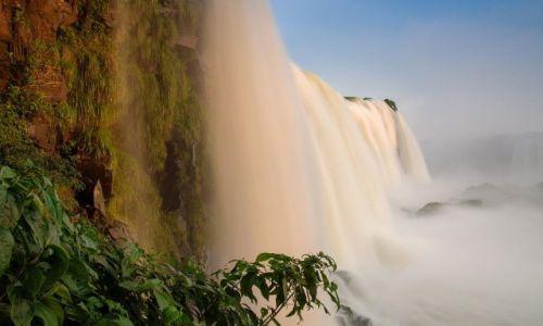 Zdjecie BRAZYLIA / Cataratas del Iguazu / Iguazu / W zwolnionym te