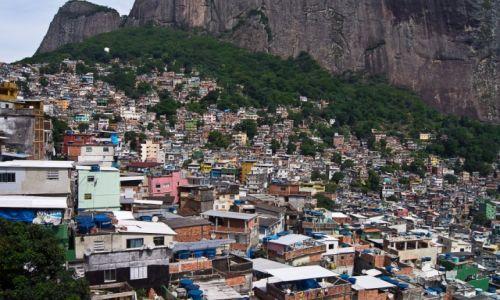 Zdjęcie BRAZYLIA / Rio de Janeiro / fawel Rocinha / Zagęszczenie