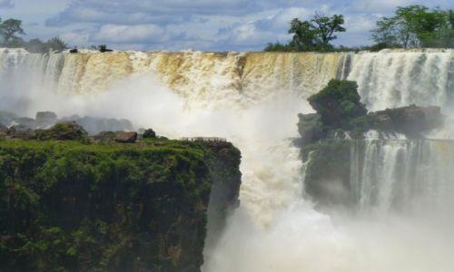 Zdjecie BRAZYLIA / Park Wodospadów Iguzu / Foz de Iguazu / Zachwyt w obliczu sił natury