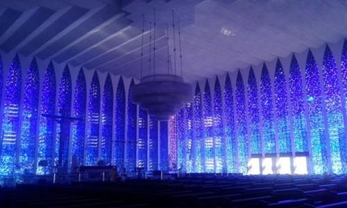 Zdjecie BRAZYLIA / Dystrykt Federalny / Brasília / Wnętrze kościoła św. Jana Bosko