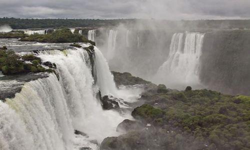 BRAZYLIA / Parana / Foz do Iguacu / konkurs cuda natury Brazylia Foz do Iguacu