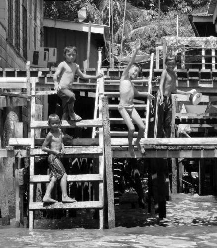 Zdjęcia: water village , Bendar Seri Bengawan, Just having fun..., BRUNEI