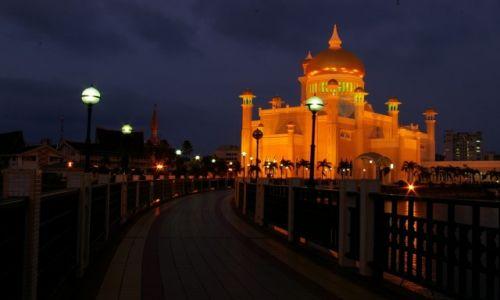 Zdjęcie BRUNEI / Brunei / Bandar Seri Begawan / Meczett