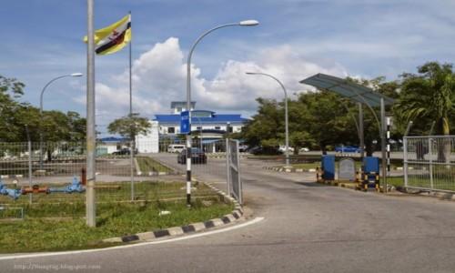Zdjecie BRUNEI / Borneo / Muara / port pasażerki Maura w Brunei