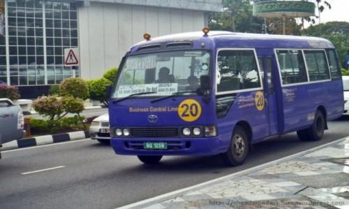 Zdjecie BRUNEI / Bandar Seri Begawan / Bandar Seri Begawan / bus komunikacji miejskiej w Brunei