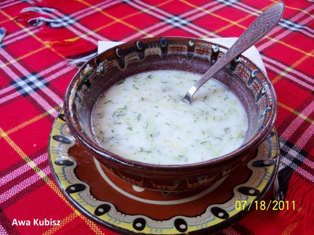 Zdjęcia: Melnik, Południe, Tarator - zupa z kisieło mljako i ogórków, BUłGARIA