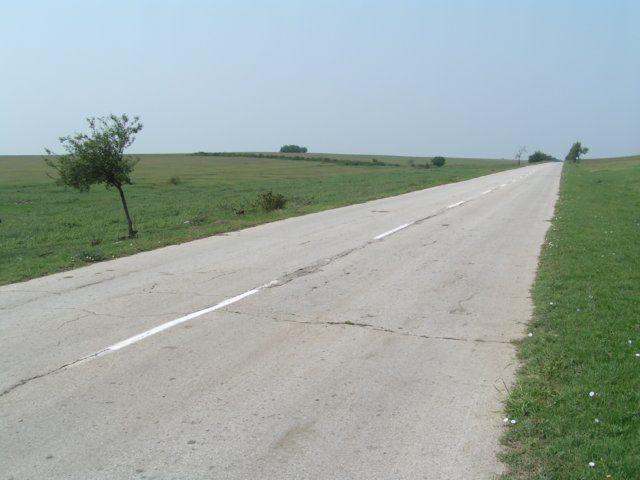 Zdjęcia: Orjachowo, Nad Dunajem, Droga do nikąd, BUłGARIA
