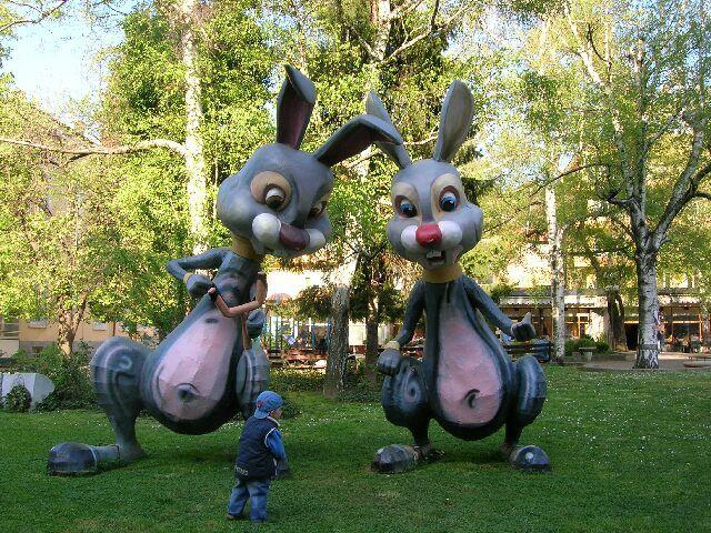 Zdjęcia: Bułgarska codzienność, Park w Gabrovie-stolicy humoru, BUłGARIA