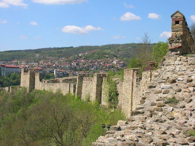 Zdjęcia: Bułgarska codzienność, Rekonstrukcja antycznego muru- Veliko Tyrnovo, BUłGARIA