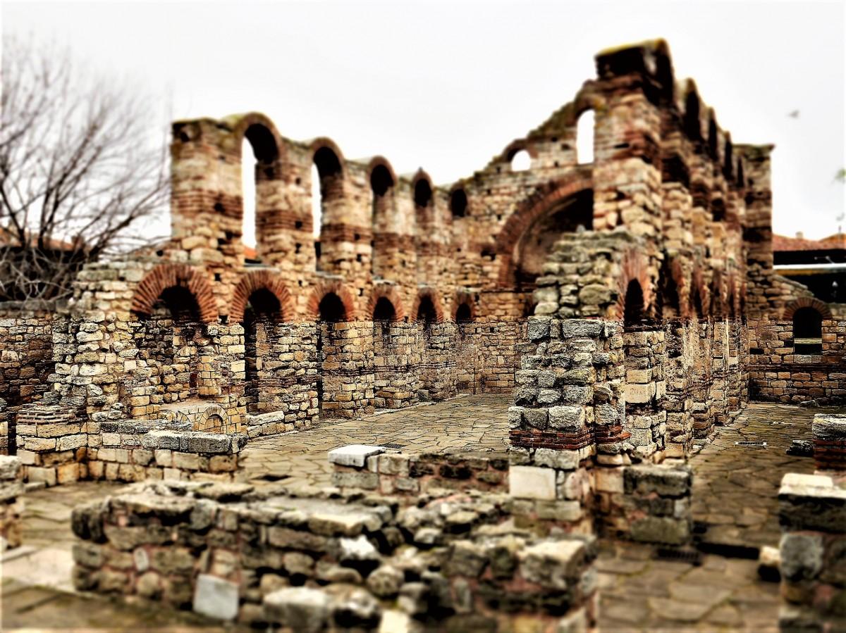 Zdjęcia: Nesebyr, ..., Ruiny we mgle, BUłGARIA