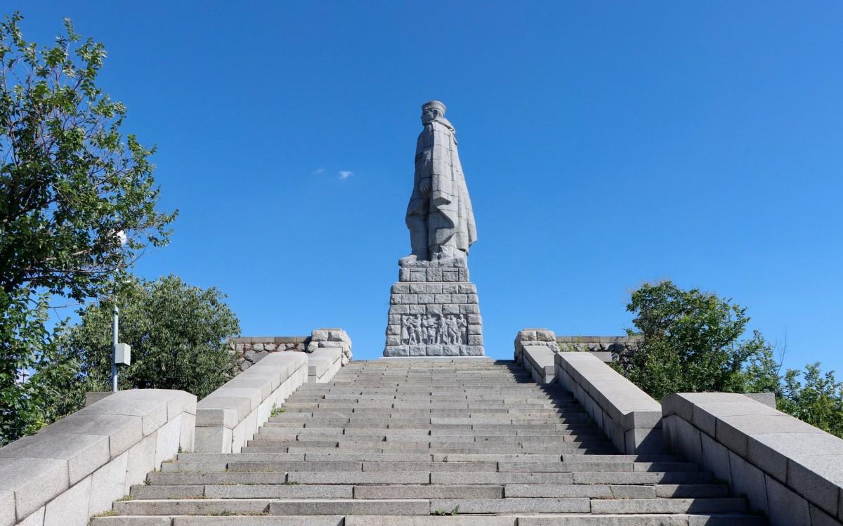 Zdjęcia: Płowdiw, Płowdiw, Alosza - pomnik nieznanego żołnierza, BUłGARIA