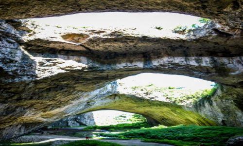 BUłGARIA / - / Jaskinia Devetashka / Jaskinia Devetashka