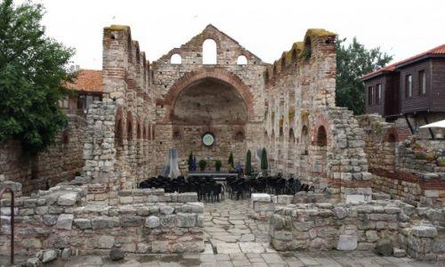 Zdjecie BUłGARIA / Polłudniowe wybrzeże  / Nesebar / Scena w ruinach