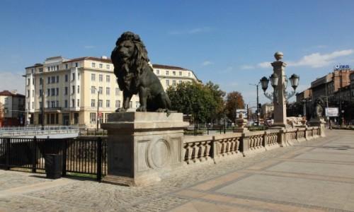 Zdjecie BUłGARIA / Sofia / Lwi most / Na straży