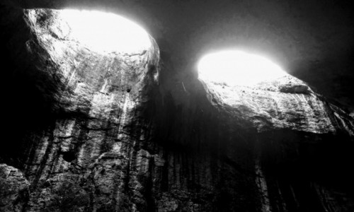 Zdjecie BUłGARIA / Bułgaria / Prochodna Cave / Jaskinia Oczy Boga - Prohodna