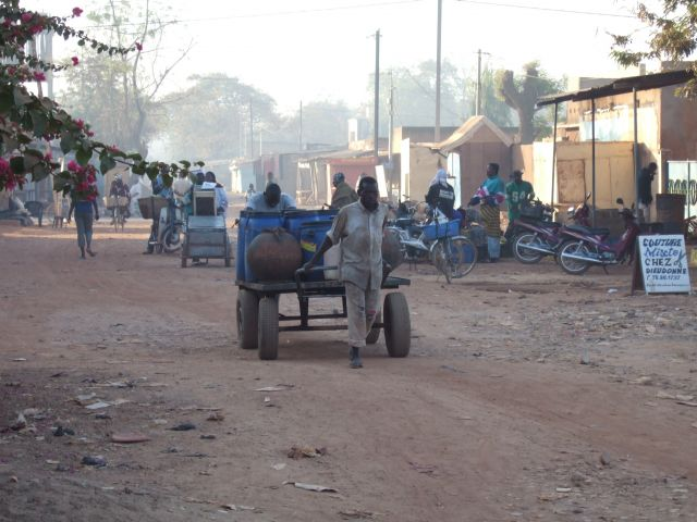 Zdjęcia: Ouagadougou, Poranek w stolicy, BURKINA FASO