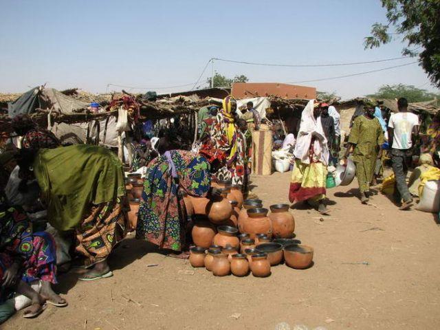 Zdjęcia: GOROM GOROM, na czwartkowym targu, BURKINA FASO