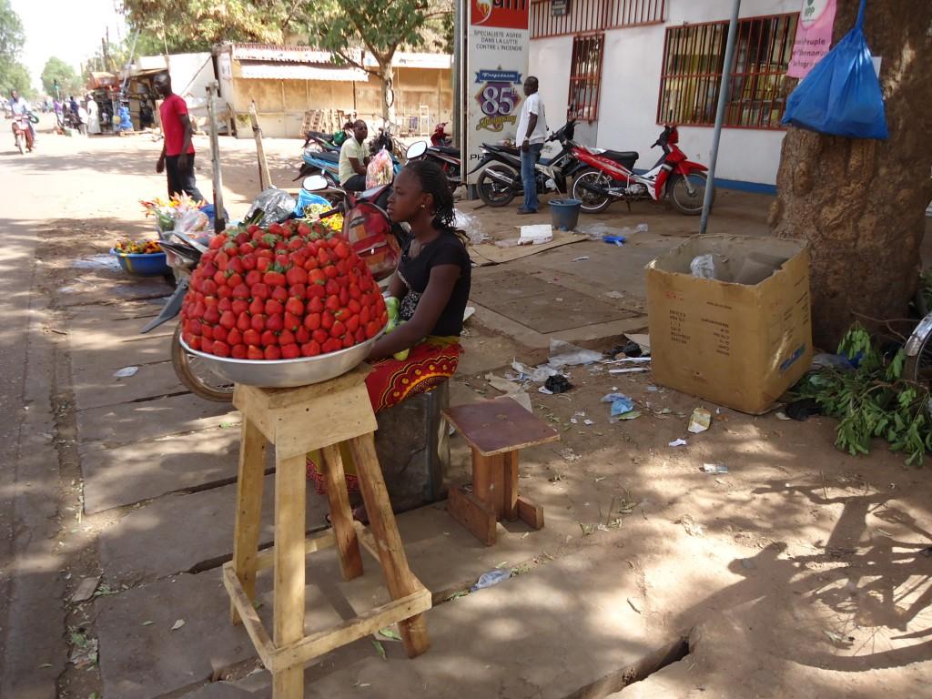 Zdjęcia: Ouagadougou, Kadiogo, Na ulicy, BURKINA FASO