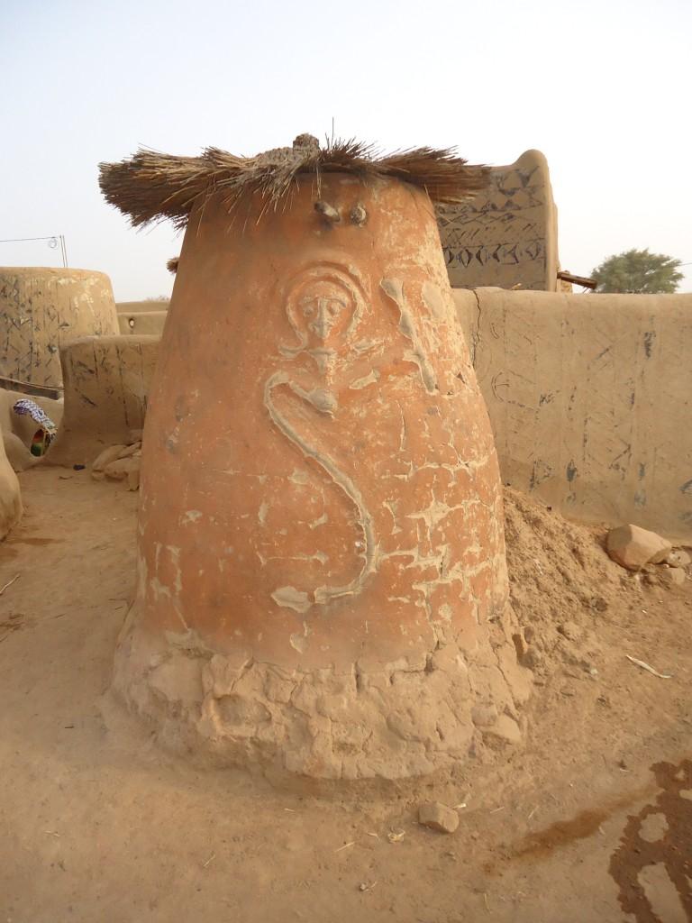 Zdjęcia: Tiebele, Nahouri, Spichlerzyk, BURKINA FASO