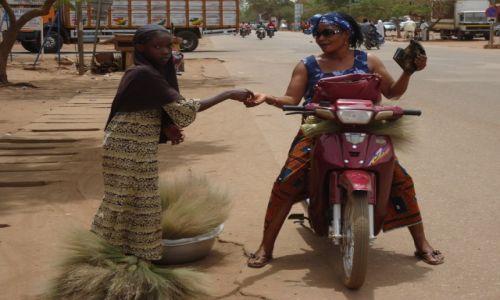 Zdjęcie BURKINA FASO / Kadiogo / Ouagadougou / Zakupy