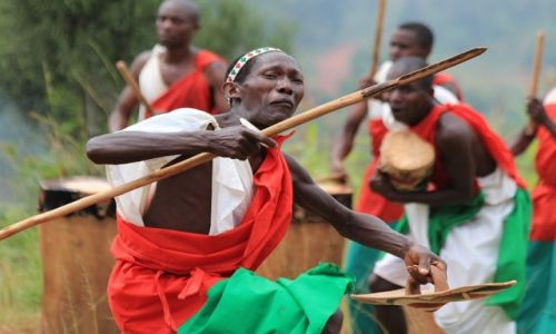 BURUNDI / Burundi / Burundi / Gishora - występ tamburyniarzy