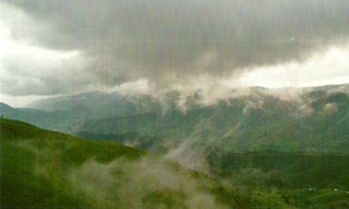 Zdjecie BURUNDI / Płd. Burudi / Droga Makamba-Manyowu / Góry