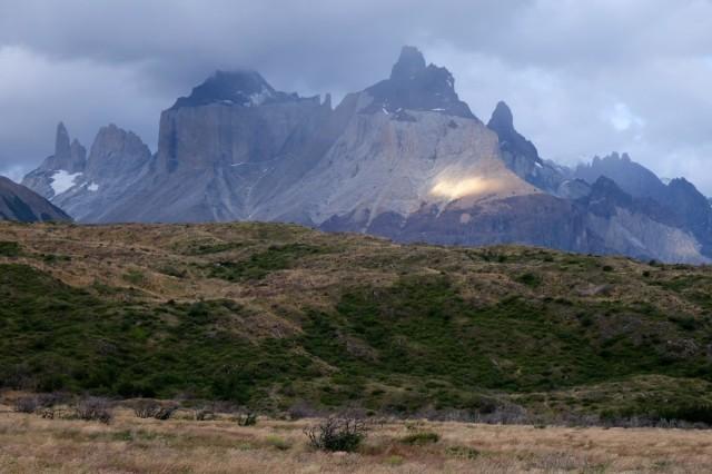 Zdjęcia: Torres del Paine, Patagonia, Widok z campingu Paine Grande, CHILE