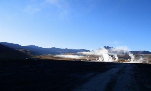CHILE / Andy / Atacama / Krater wulkanu El Tatio