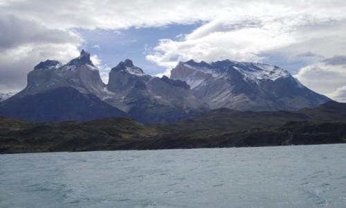 Zdjecie CHILE / park Torres dl Paine  / widok z jeziora Pehoe  / Cuernos del Paine
