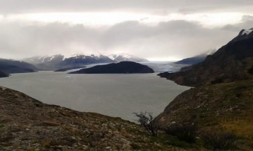 Zdjęcie CHILE / park Torres dl Paine  / w drodze do schroniska Grey  / widok na lodowiec Greya