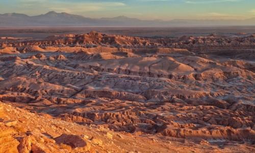 Zdjecie CHILE / pomiędzy Norte Chico i Norte Grande / Pustynia Atacama; Dolina Księżycowa / co chwila inne barwy