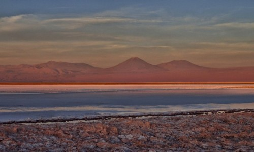 Zdjęcie CHILE / pomiędzy Norte Chico i Norte Grande / Pustynia Atacama / LAGUNA TEBENQUICHE o złotej godzinie :)