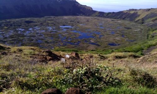 CHILE / Wyspa Wielkanocna / Krater wulkanu Orongo / CHILE I BOLIWIA - SAMOTNIE I INTENSYWNIE