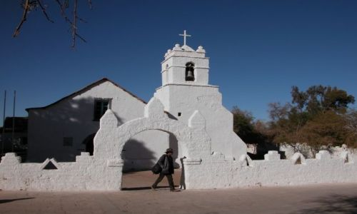 Zdjecie CHILE / okolice Atacamy / San Pedro de Atacama / kosciołek w San Pedro de Atacama