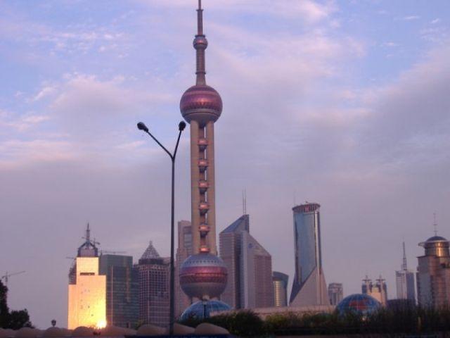 Zdjęcia: Szanghaj, Perła orientu o zachodzie słońca, CHINY