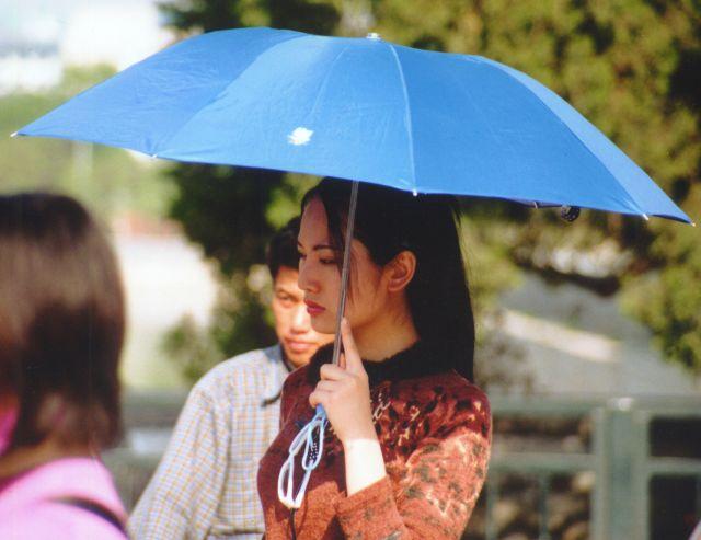 Zdjęcia: Zakazane miasto, Pekin, Lady z Parasolem, CHINY