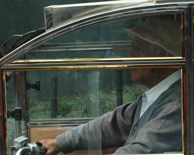 Zdjęcia: pekin, mały samochód dla małego chińczyka, CHINY