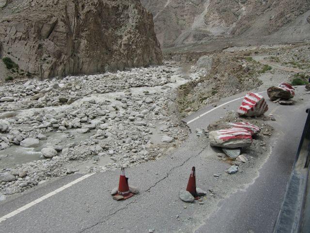 Zdjęcia: szosa, Droga do Tashkurgan, Karakorum Highway, CHINY