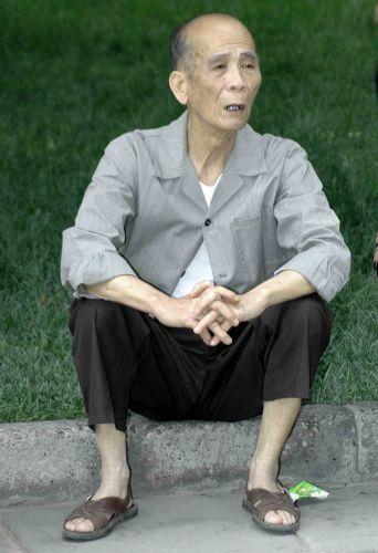 Zdjęcia: pekin, życie ma różne twarze, CHINY