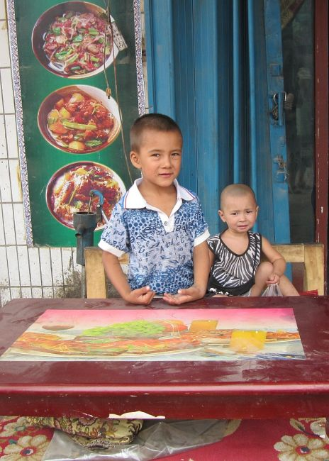 Zdjęcia: ulica, Hotan, W oczekiwaniu na klienta, CHINY
