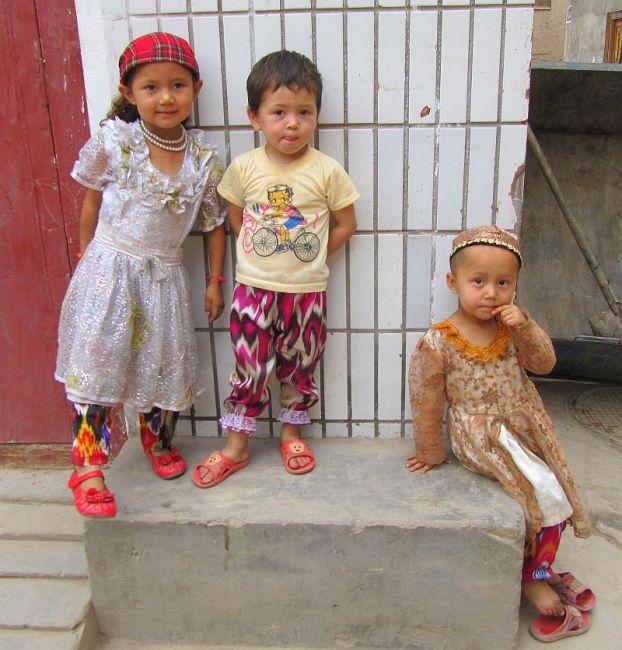 Zdjęcia: stare miasto, Kaszgar, dzieciaki, CHINY