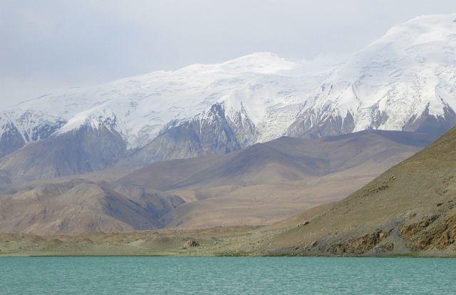 Zdjęcia: Muztagh Ata, Mutzagh Ata, Jezioro pod Muztagh Ata, CHINY