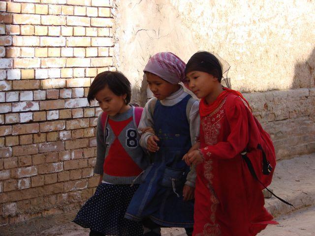 Zdjęcia: Karzgar, Karzgar, Przyjaciułki  , CHINY