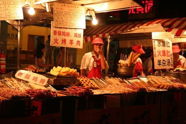 Zdjęcia: Pekin, nocna wyżerka, CHINY