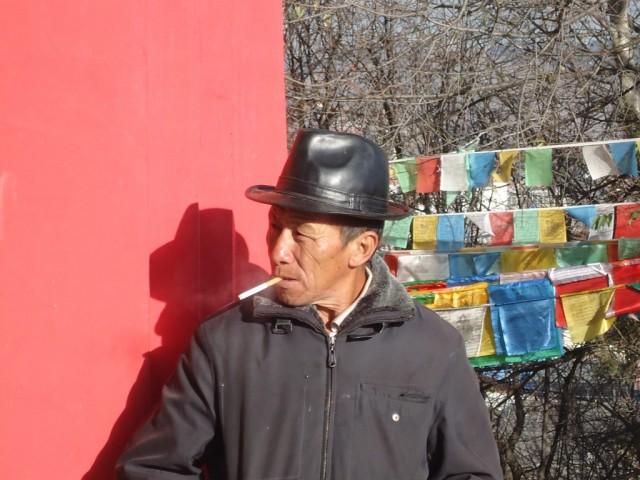 Zdjęcia: Shangri-La (Zhongdian), Yunnan, W świątyni (1) ...., CHINY
